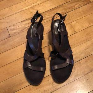 Brown Aerosols platform sandal